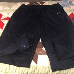 Nike sport pants in great condition